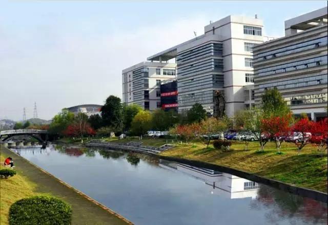 三峡大学校园风光1