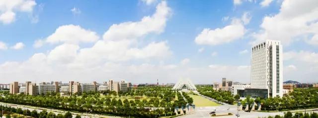 上海工程技术大学校园风光5