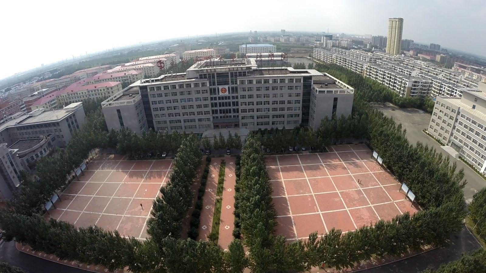 黑龙江工商学院校园风光5