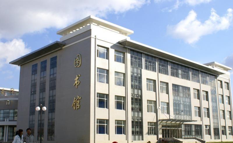 黑龙江工商学院校园风光2