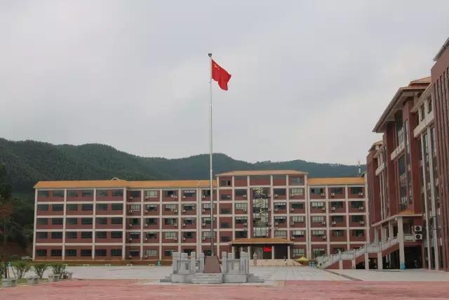 广州珠江职业技术学院校园风光3
