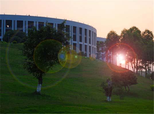 广州科技应用学院(原:广州科技职业技术学院)校园风光2