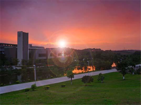 广州科技应用学院(原:广州科技职业技术学院)校园风光4