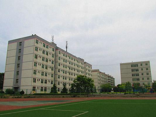 西安汽车科技学院(原:西安汽车科技职业学院)校园风光2