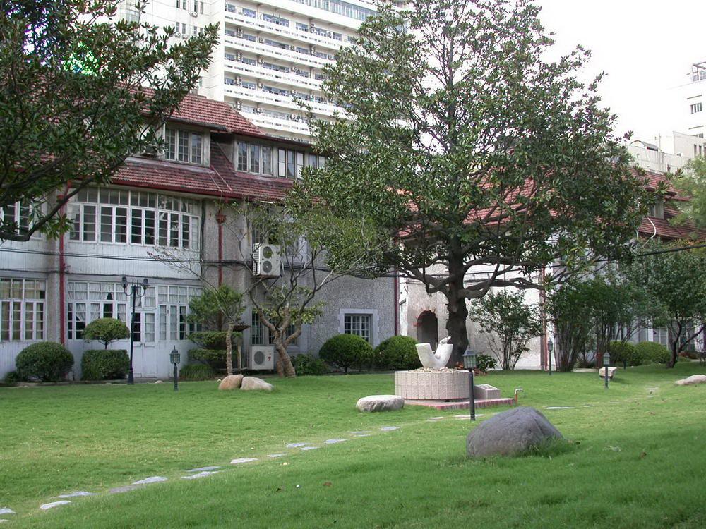 上海戏剧学院校园风光2