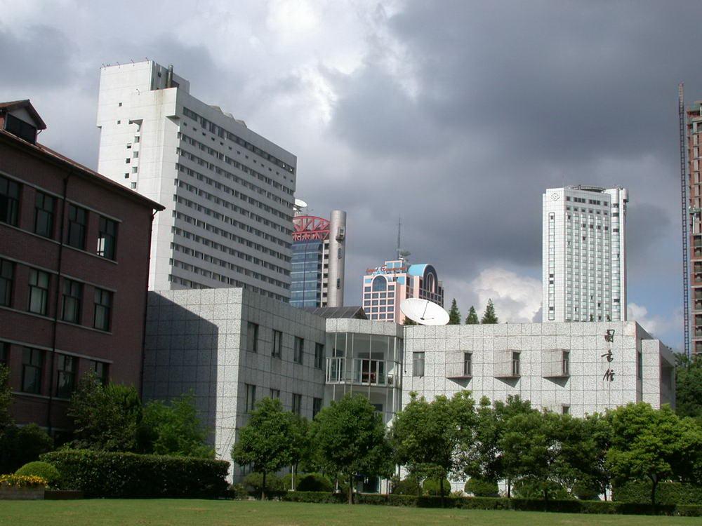 上海戏剧学院校园风光3
