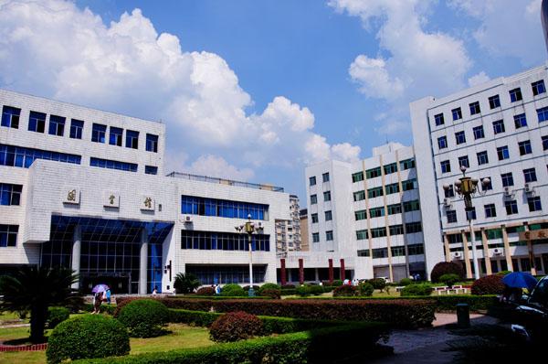 湖南工业大学科技学院校园风光2
