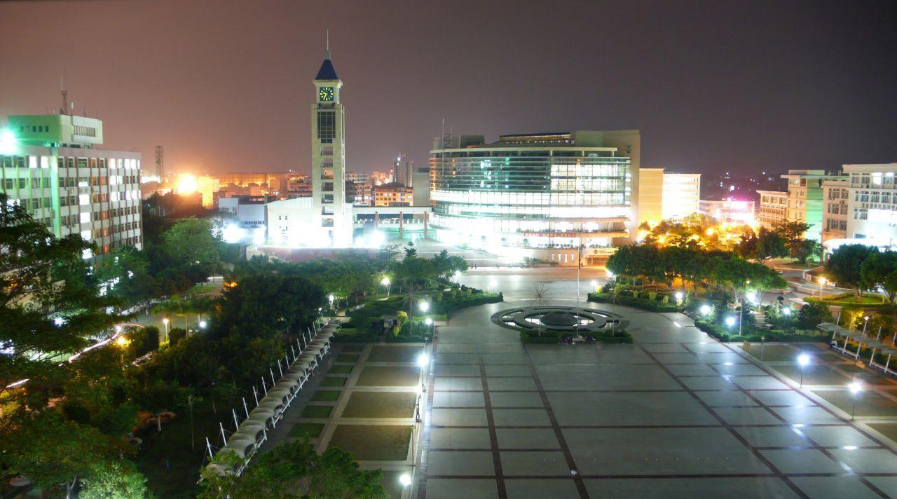 嘉应学院(与广东农工商职业技术学院协同培养)校园风景4