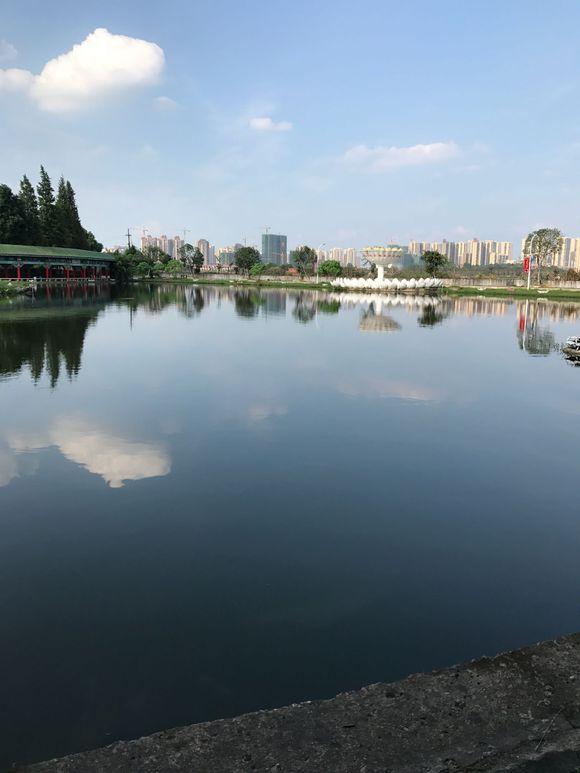 鄂州职业大学校园风景3