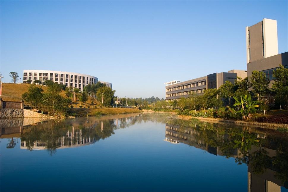 广州科技职业技术学院(本科)校园风光6