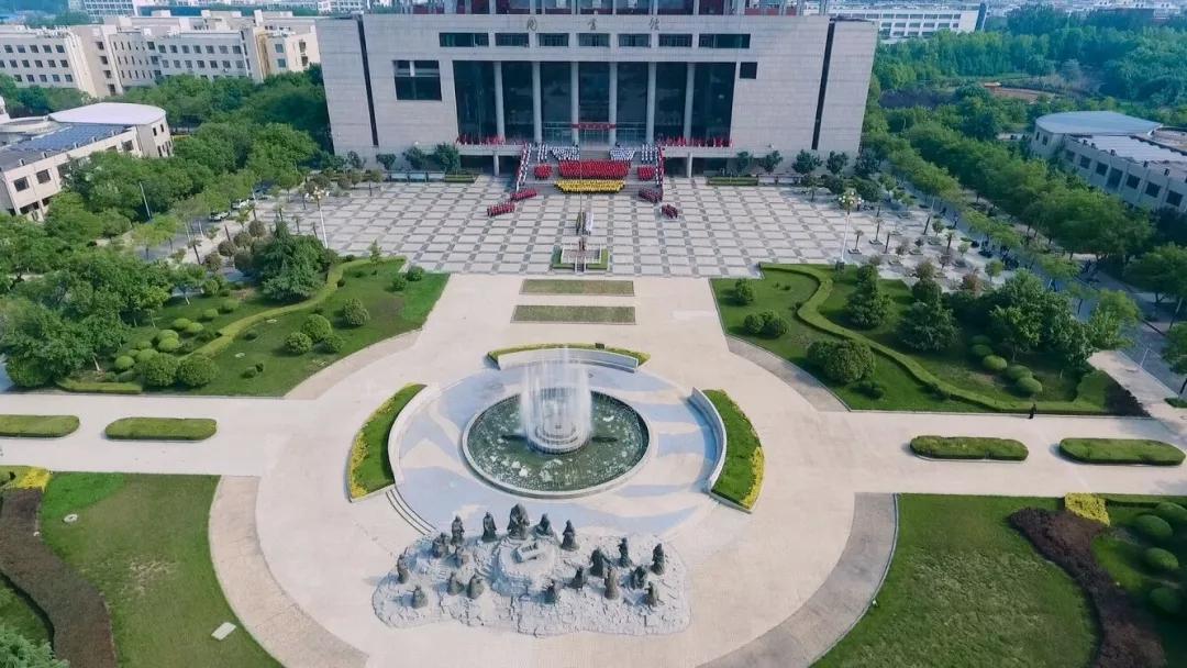 济宁学院校园风光1