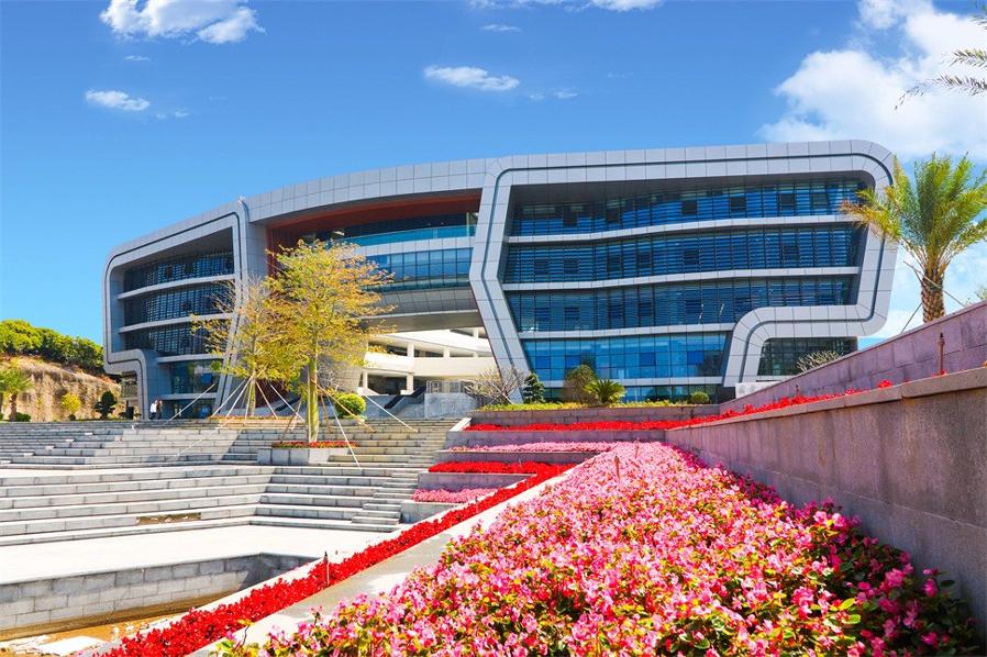 广州科技职业技术大学校园风光1