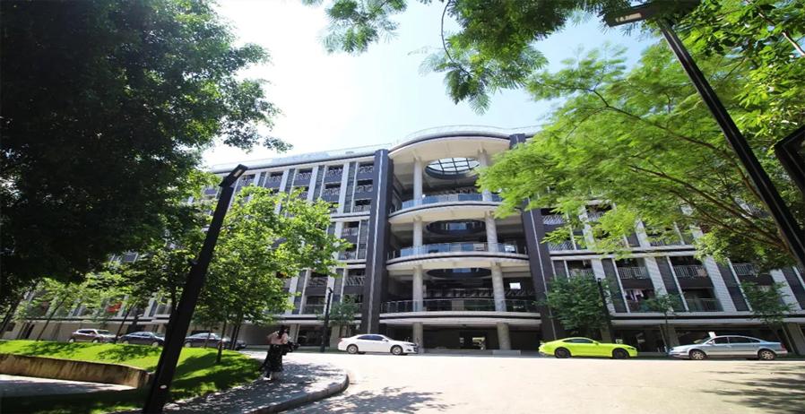 广州科技职业技术大学校园风光4