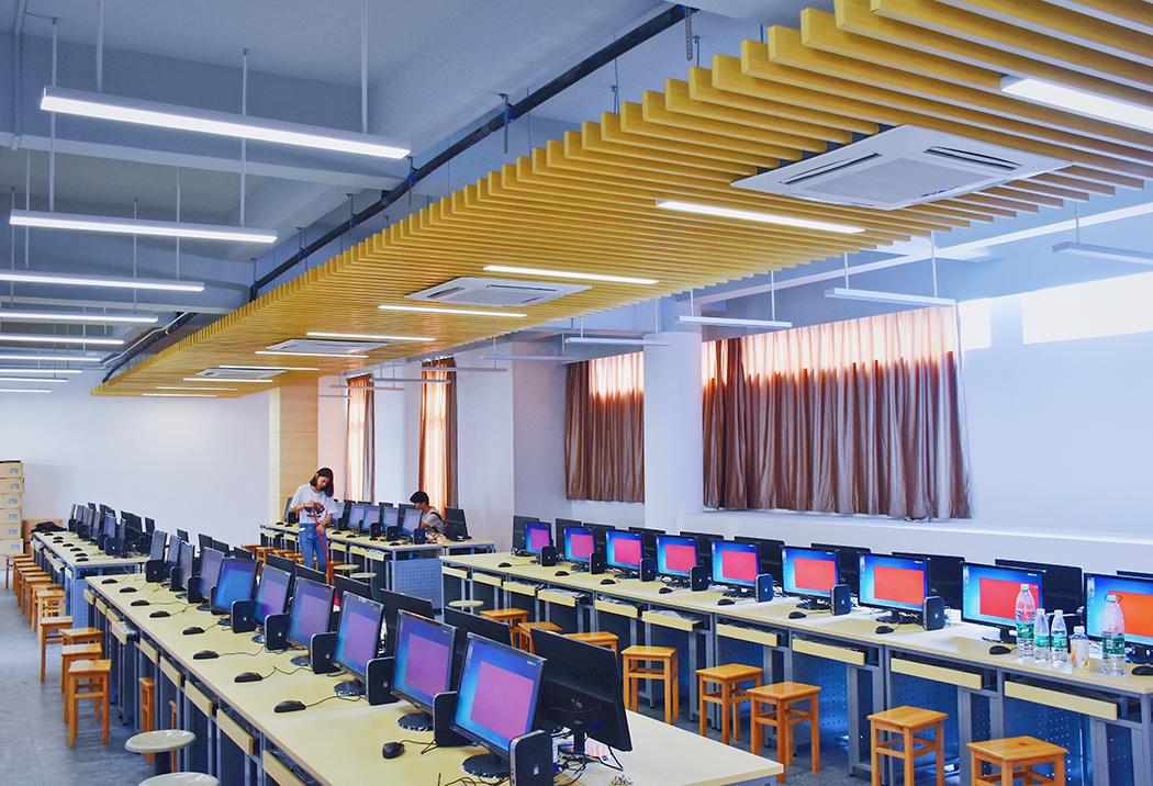 广州商学院校园风光7