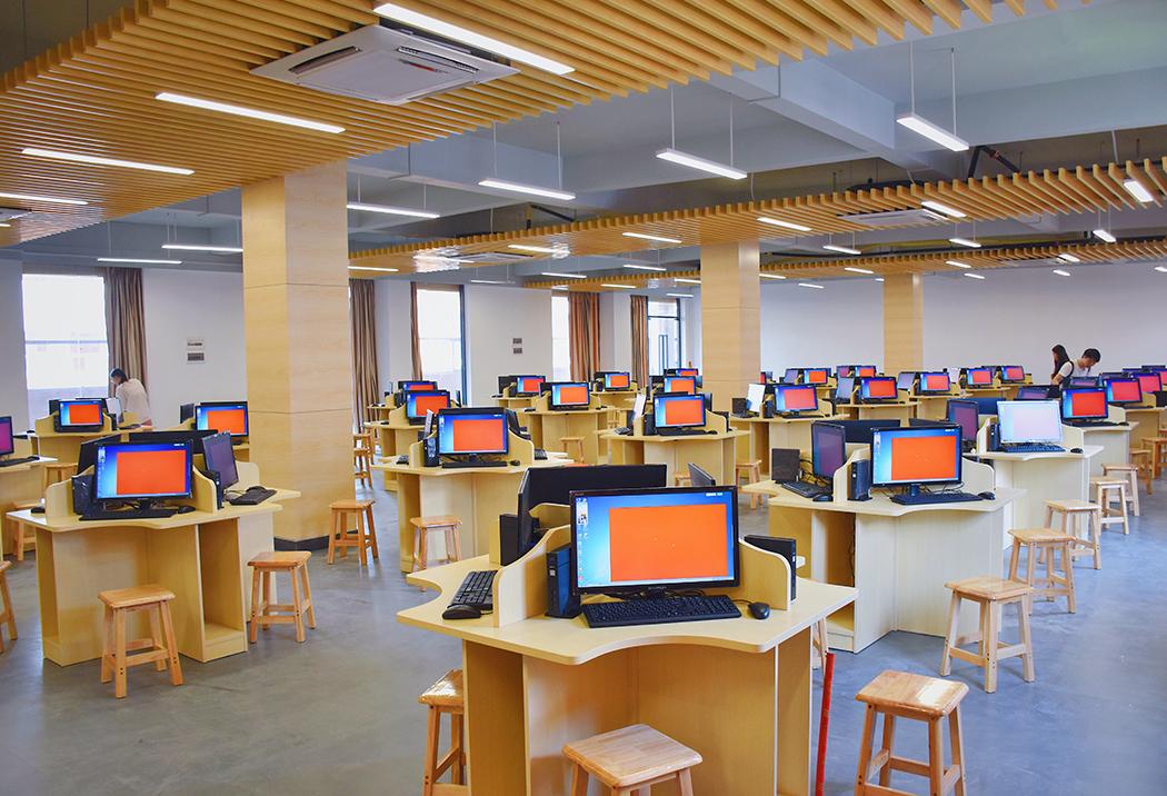 广州康大职业技术学院校园风光5