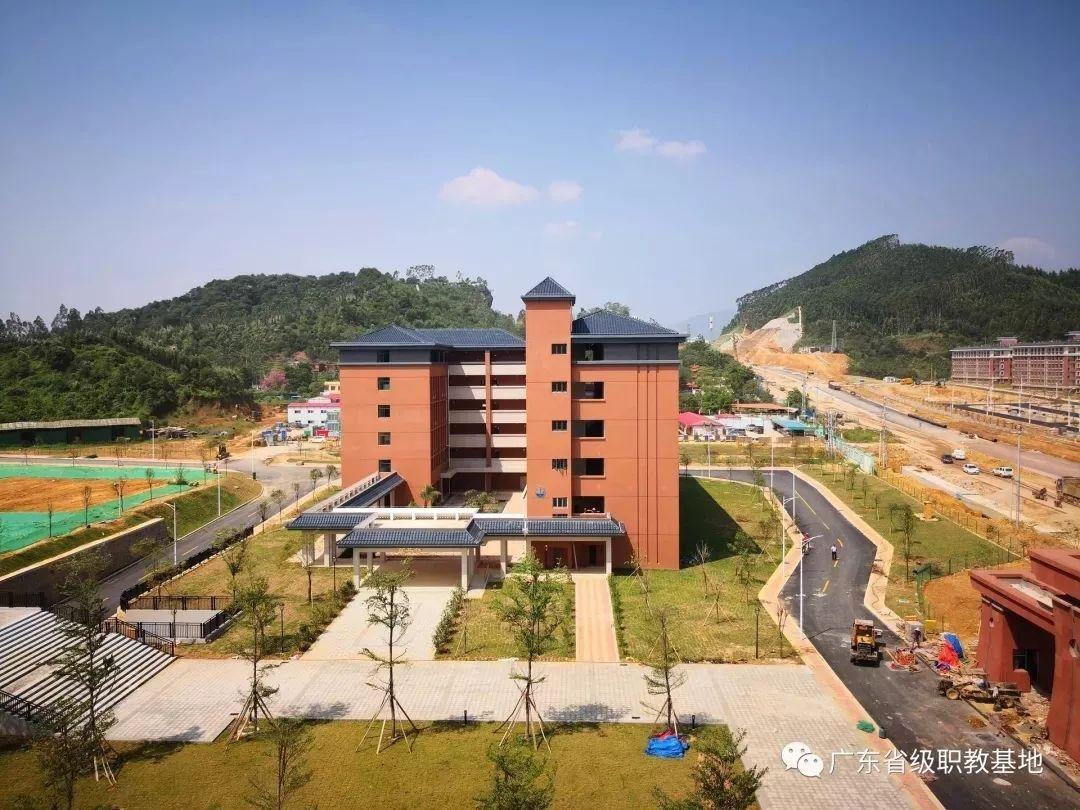 广东财贸职业学院校园风光3
