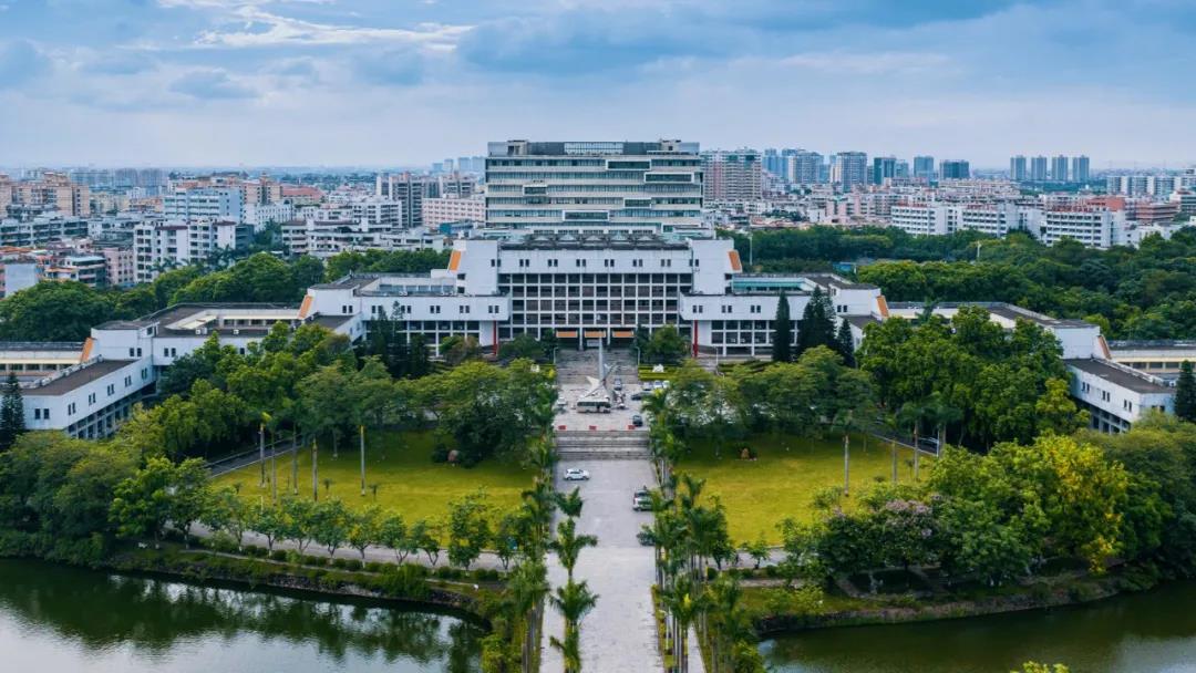 东莞理工学院(东莞市内)校园风光8