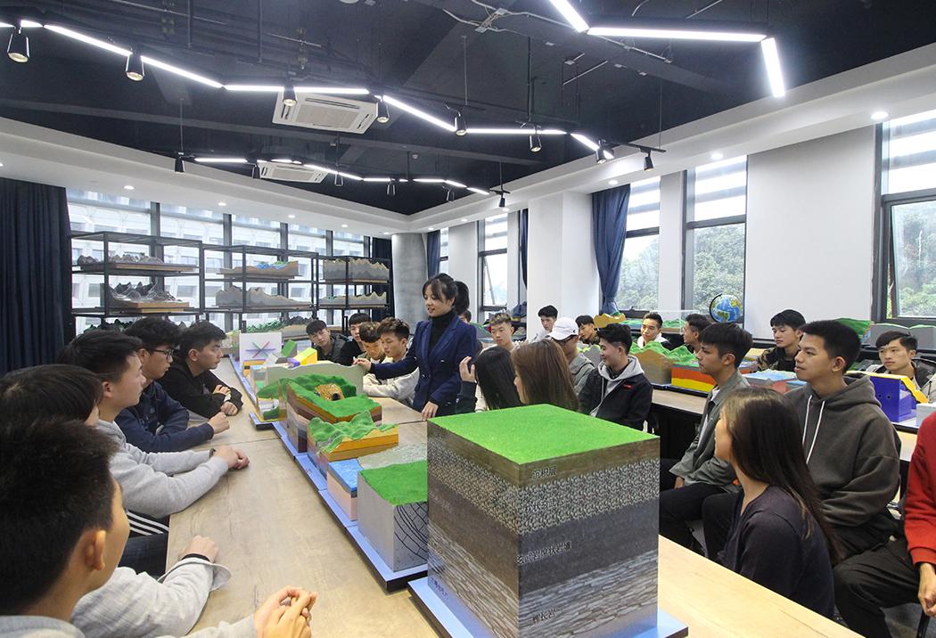 广州科技职业技术大学校园风光9
