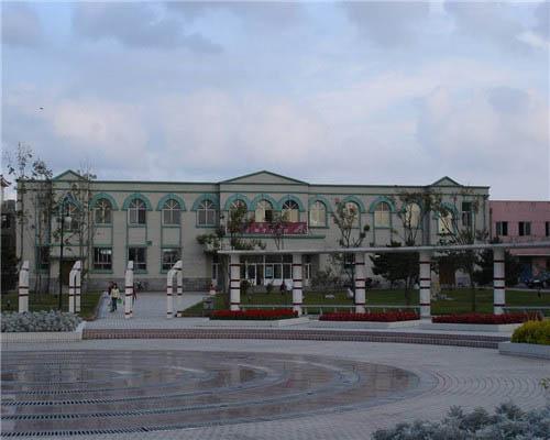 东北师范大学(中外合作办学专业)校园风光4