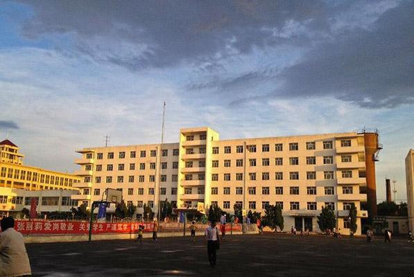 哈尔滨金融学院校园风光3