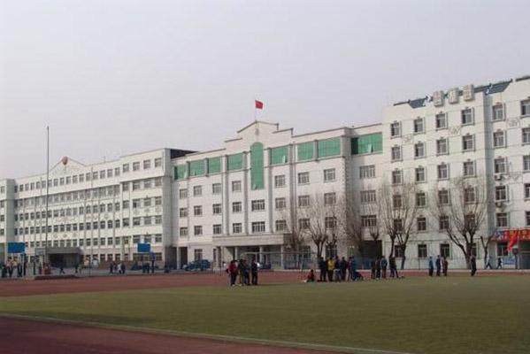 哈尔滨金融学院校园风光5