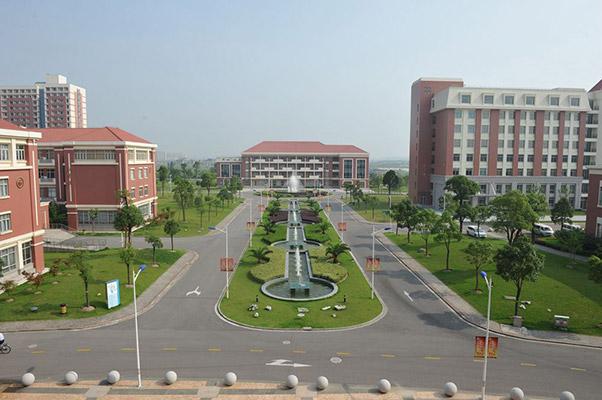 上海健康医学院校园风光2
