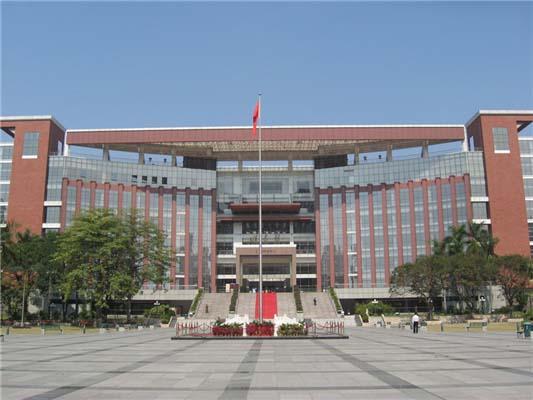 暨南大学(中外合作办学)2
