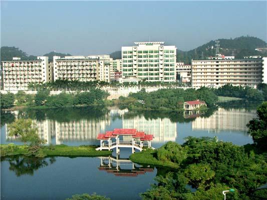 韩山师范学院(与广东轻工职业技术学院协同培养)5