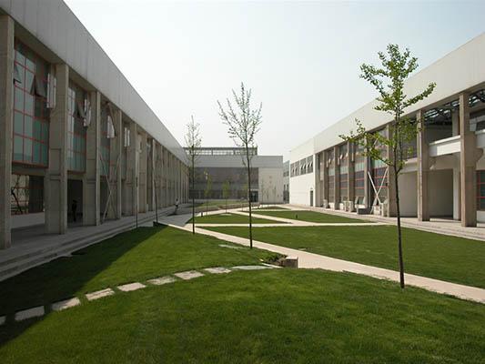 西安建筑科技大学(中外合作办学专业)3