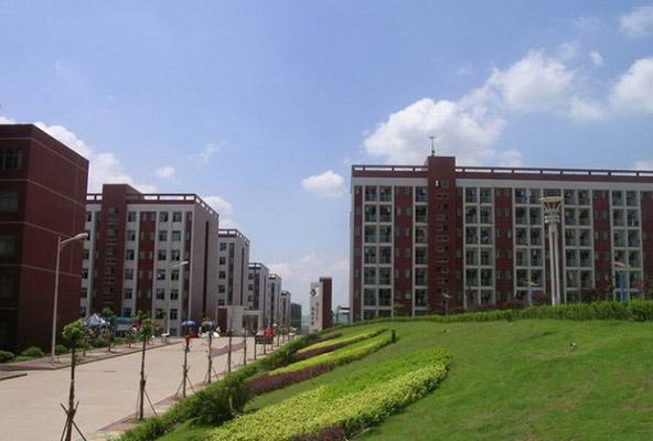 湖南工业职业技术学院校园风光1