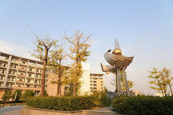 武汉职业技术学院校园风光2