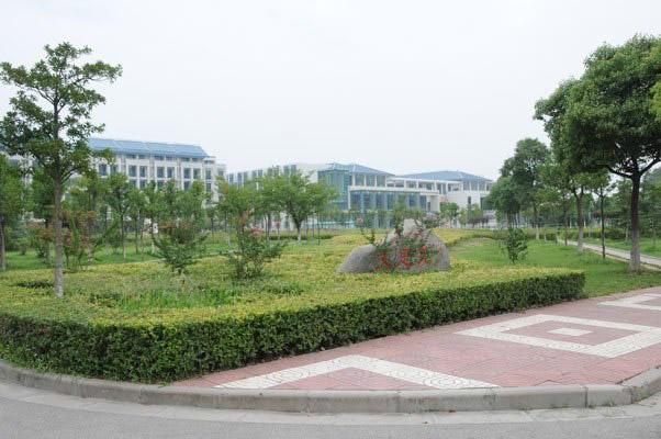 南京工业职业技术学院校园风光3