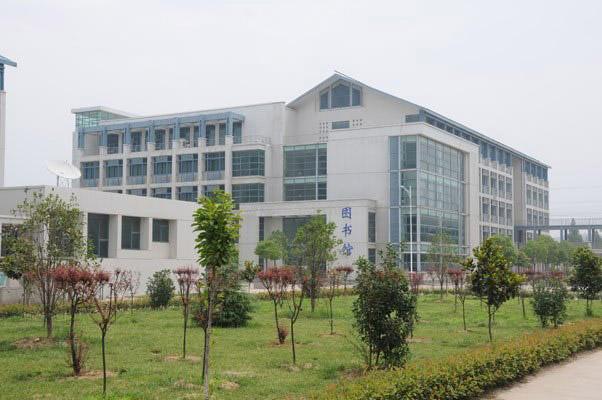 南京工业职业技术学院校园风光4
