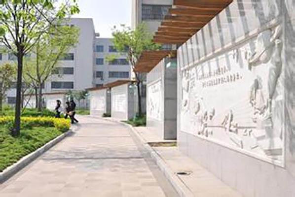 黄淮学院3