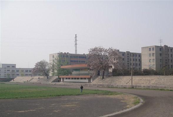 焦作大学校园风光2