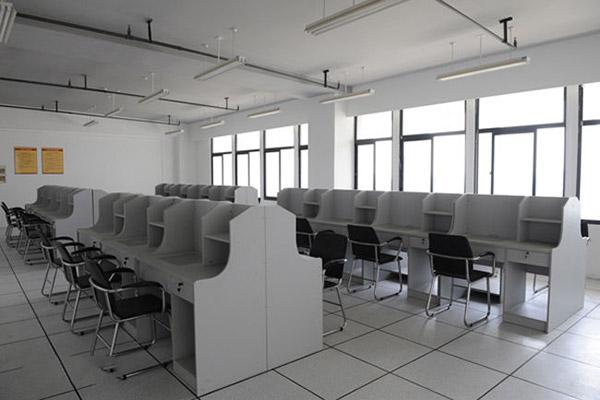武汉城市职业学院校园风光1