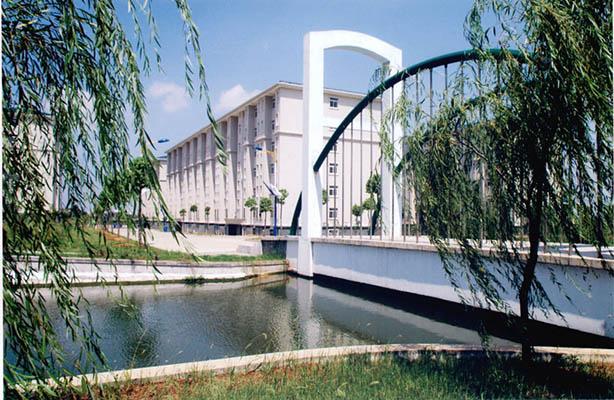 武汉东湖学院5