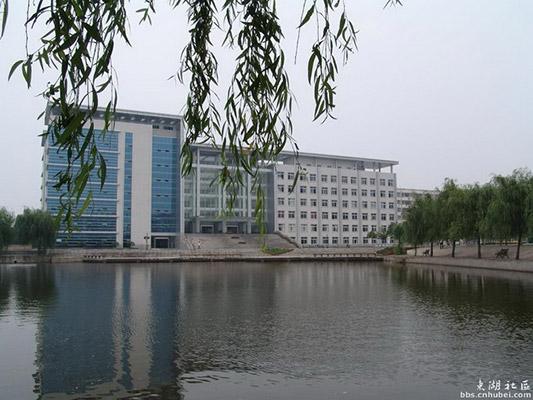 湖北职业技术学院校园风光4
