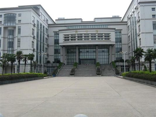 武汉船舶职业技术学院校园风光1