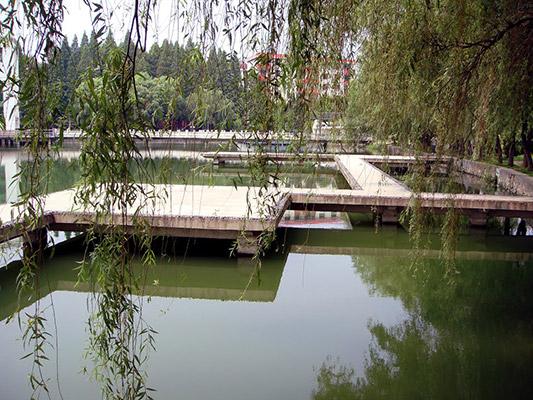 武汉船舶职业技术学院校园风光4
