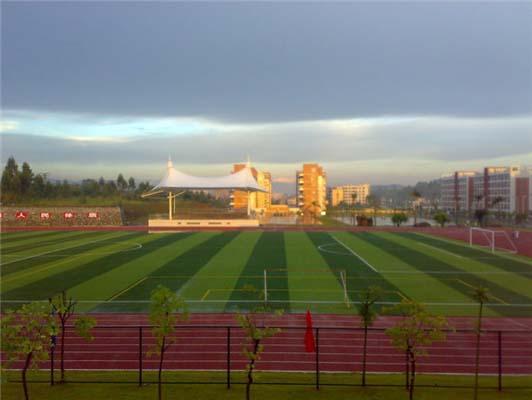 广东农工商职业技术学院(与BTEC合作办学)校园风光3