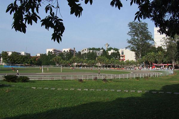 广西生态工程职业技术学院校园风光5
