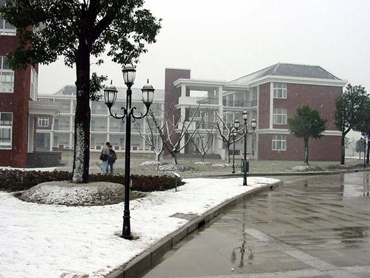 上海立达学院校园风光1