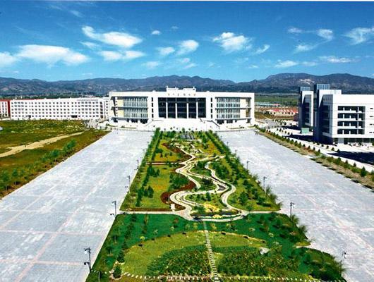 内蒙古化工职业学院校园风光5