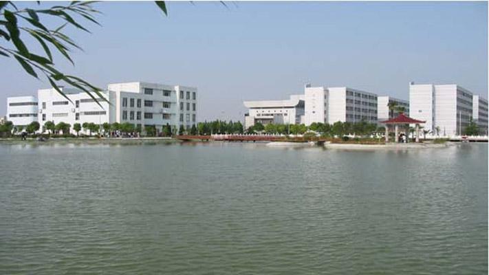 仙桃职业学院校园风光2