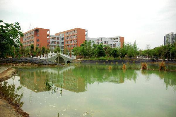四川工程职业技术学院校园风光5