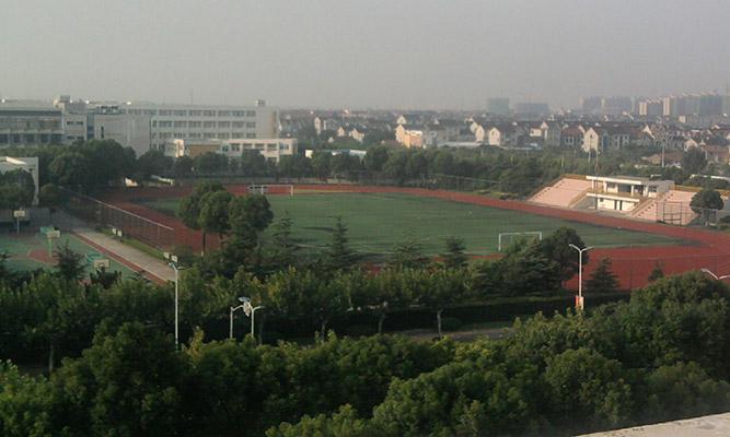 上海工商外国语职业学院校园风光3