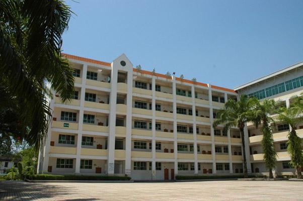 西双版纳职业技术学院校园风光5