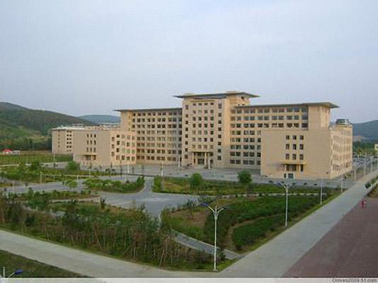 哈尔滨职业技术学院校园风光4