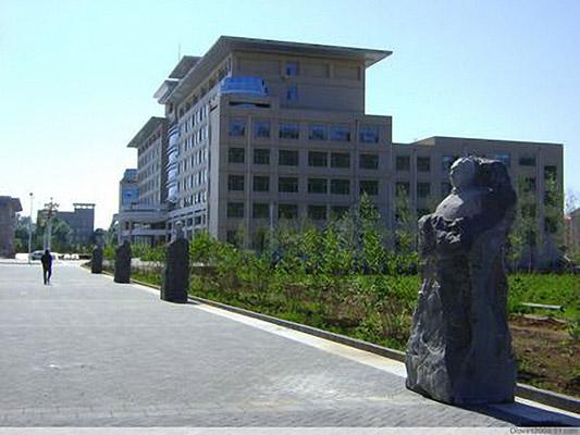哈尔滨职业技术学院校园风光5